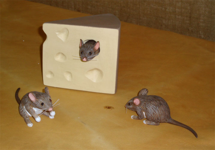Mice Carvings by Manfred Scheel